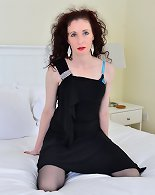 Naughty British housewife Scarlet loves to get wet and wild